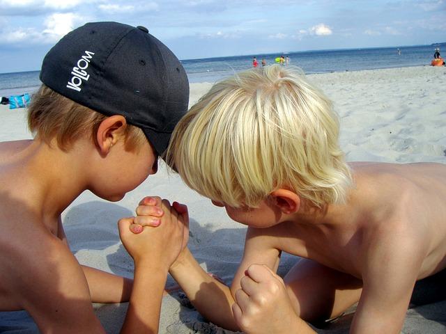 czapki z daszkiem dla dzieci